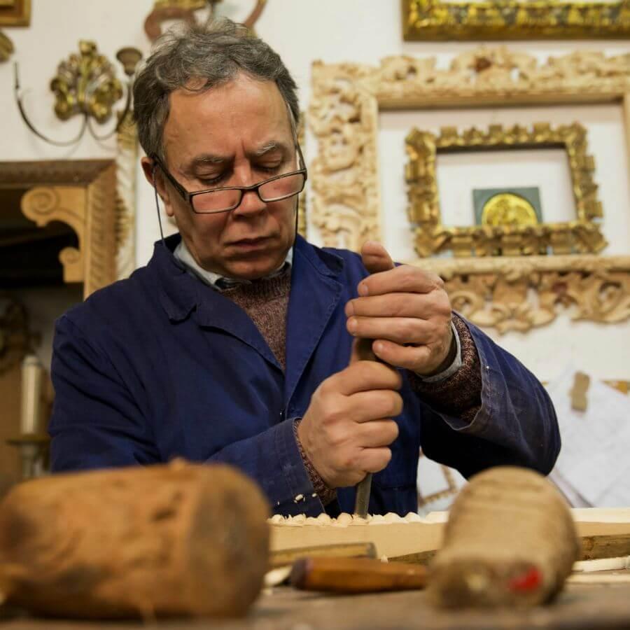 Carlo Puccini at work